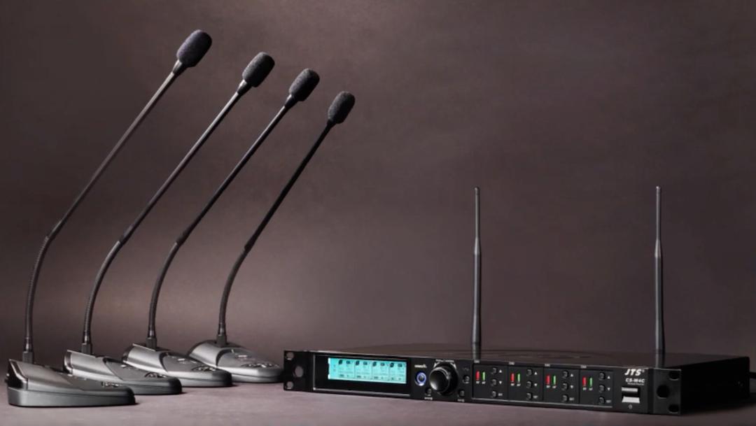 Montar un sistema de microfonía para conferencias nunca ha sido tan fácil y rápido